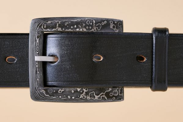 Damascus buckle on Black Bridle