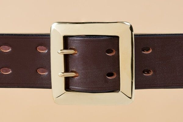 "Australian Nut Garrison Bridle Leather Belt 1 1/2"" in Brass"