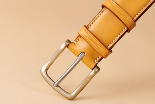 """London Tan 1 1/2"""" Lined and Raised with Ecru Lin Cable"""